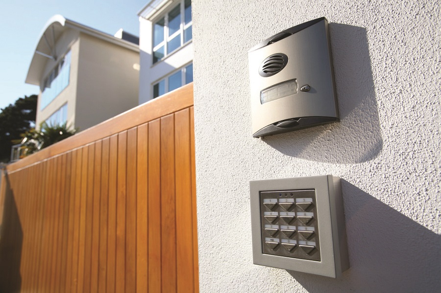 4 Ways to Integrate Automation with a Home Alarm System